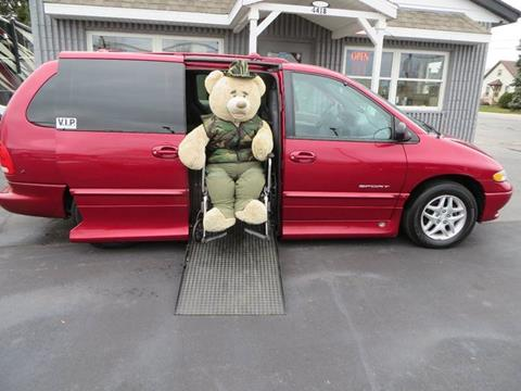1998 Dodge Grand Caravan for sale in Racine, WI