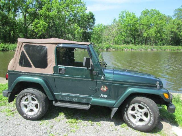 2000 Jeep Wrangler Sahara 2dr 4WD SUV   Spencerport NY