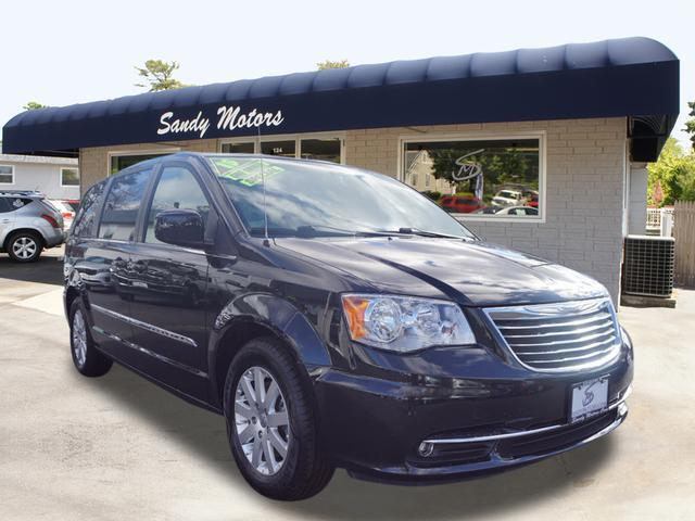 2015 Chrysler Town and Country for sale at Sandy Motors INC in Coventry RI