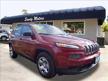 2015 Jeep Cherokee for sale at Sandy Motors INC in Coventry RI