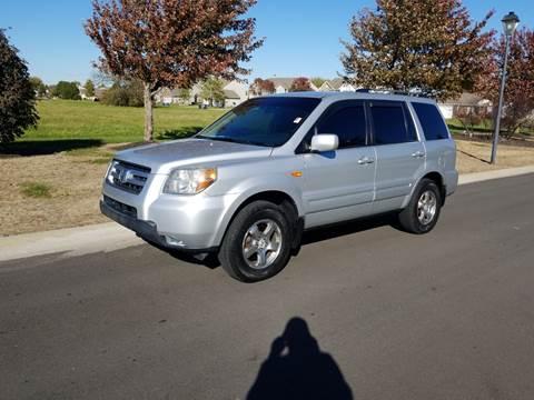 2007 Honda Pilot for sale at CALDERONE CAR & TRUCK in Whiteland IN