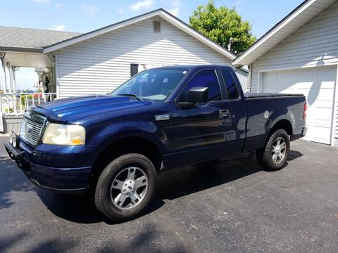 2006 Ford F-150 for sale at CALDERONE CAR & TRUCK in Whiteland IN