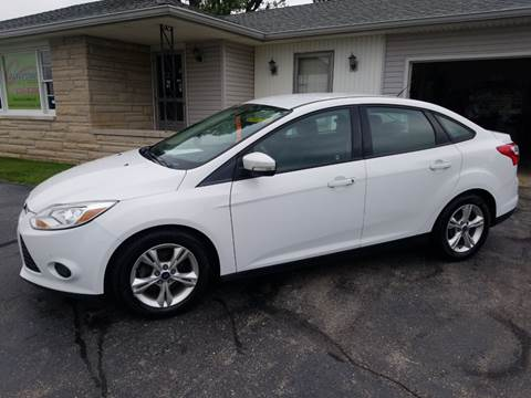 2013 Ford Focus for sale at CALDERONE CAR & TRUCK in Whiteland IN