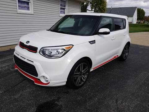 2014 Kia Soul for sale at CALDERONE CAR & TRUCK in Whiteland IN