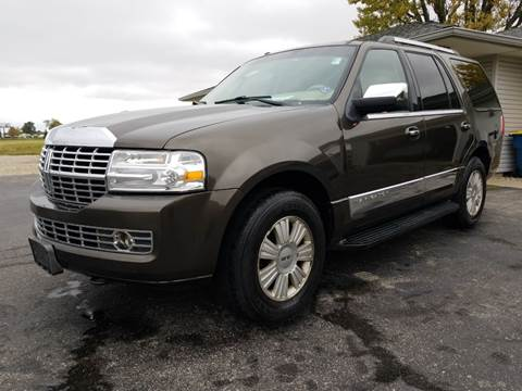 2008 Lincoln Navigator for sale at CALDERONE CAR & TRUCK in Whiteland IN