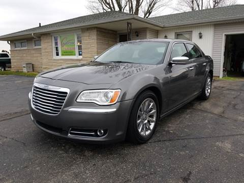 2012 Chrysler 300 for sale at CALDERONE CAR & TRUCK in Whiteland IN