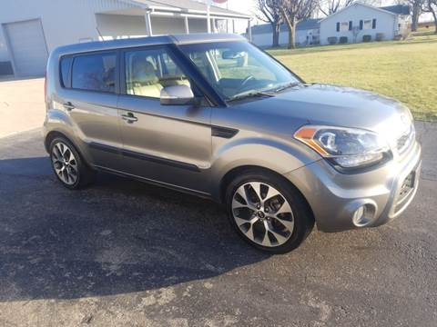 2012 Kia Soul for sale at CALDERONE CAR & TRUCK in Whiteland IN