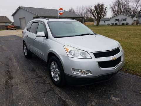 2009 Chevrolet Traverse for sale at CALDERONE CAR & TRUCK in Whiteland IN