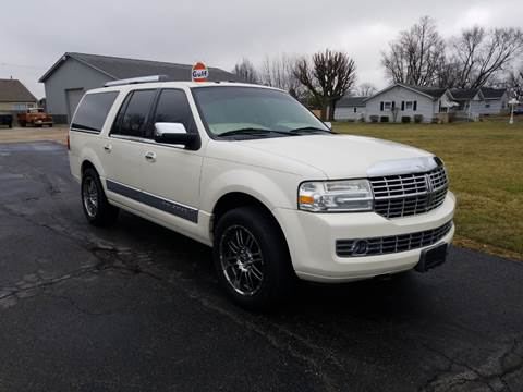 2007 Lincoln Navigator L for sale at CALDERONE CAR & TRUCK in Whiteland IN