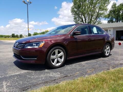 2013 Volkswagen Passat for sale at CALDERONE CAR & TRUCK in Whiteland IN
