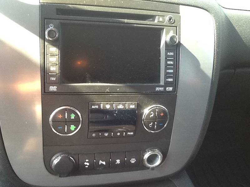 2008 Chevrolet Tahoe 4x4 LTZ 4dr SUV - Topeka KS