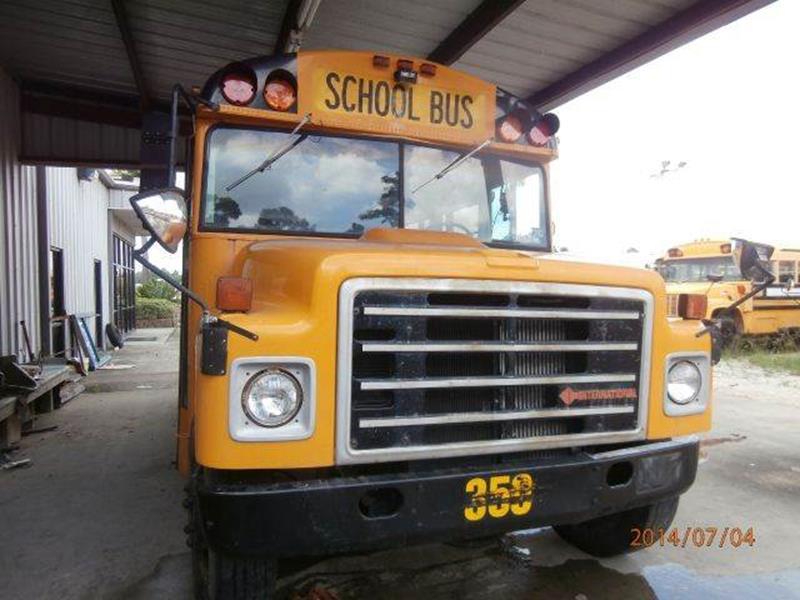 1989 International Thomas 35 PAX A C In Wallisville TX