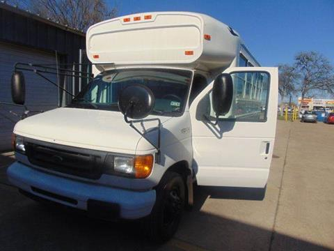 2004 Ford BLUEBIRD A/C for sale at Interstate Bus Sales Inc. in Wallisville TX