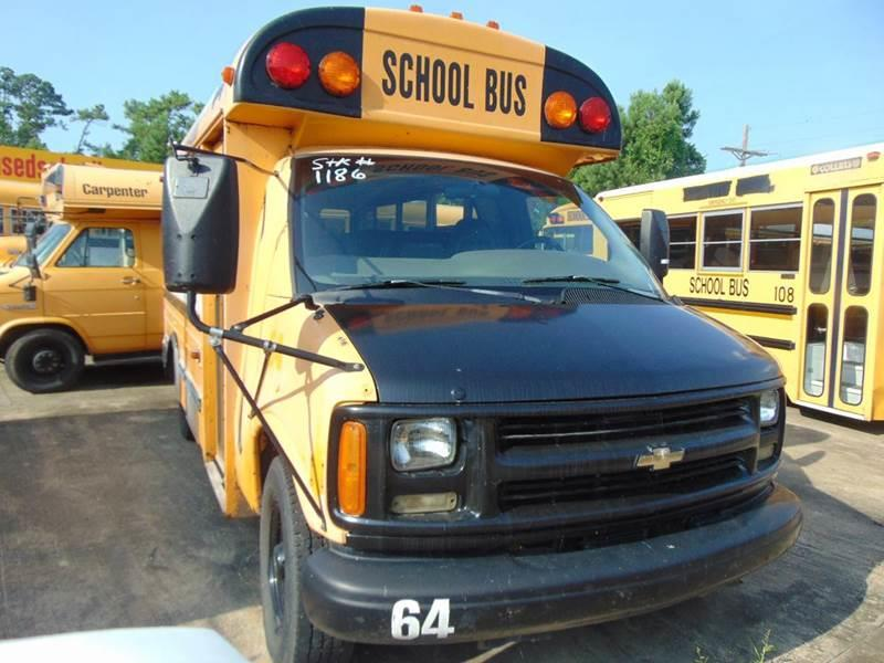 1999 Chevrolet C5500 for sale at Interstate Bus Sales Inc. in Wallisville TX