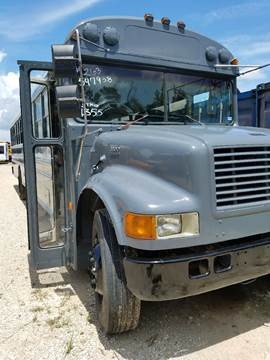 1998 International Crown for sale in Wallisville, TX