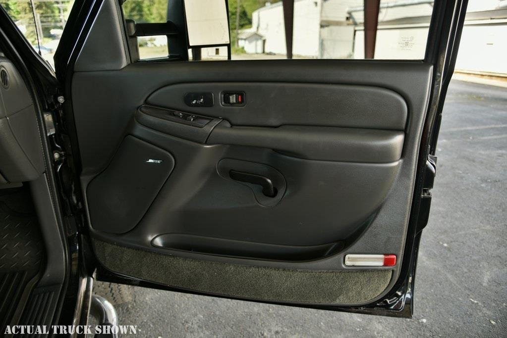 2005 GMC Sierra 2500HD SLT - Tacoma WA