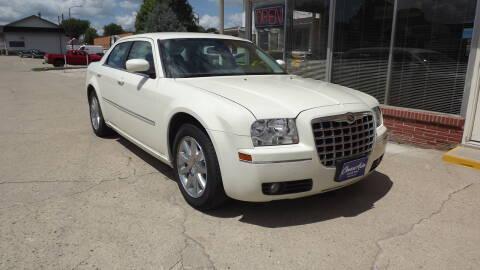 2009 Chrysler 300 for sale at Choice Auto in Carroll IA
