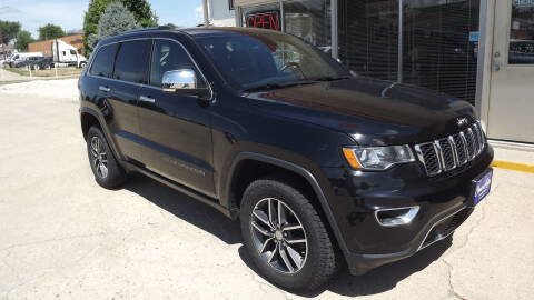 2017 Jeep Grand Cherokee for sale at Choice Auto in Carroll IA