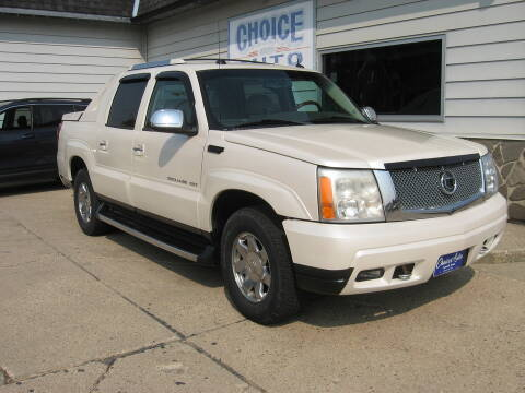 2005 Cadillac Escalade EXT for sale at Choice Auto in Carroll IA