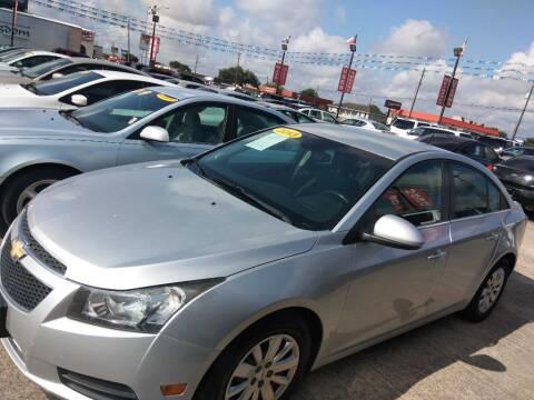 2013 Chevrolet Cruze 1LT Auto for sale at AUTO CREDIT in Victoria TX