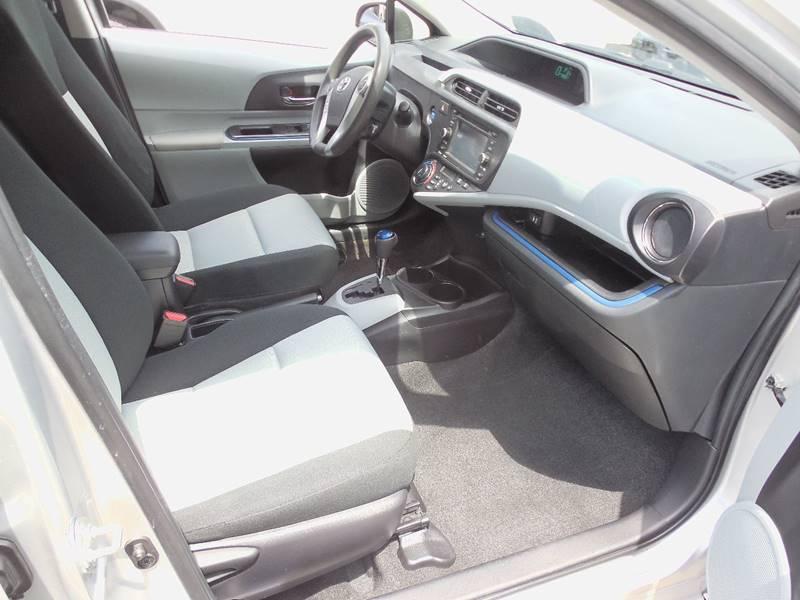 2012 Toyota Prius c  - Auburndale MA