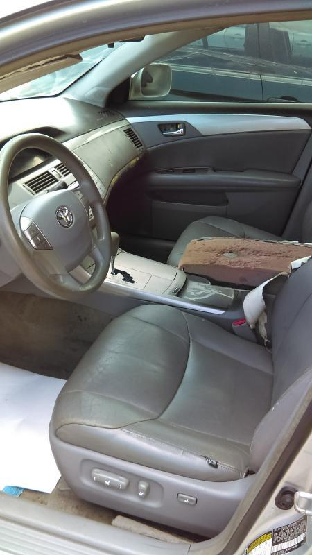 2005 Toyota Avalon XL 4dr Sedan - Mobile AL