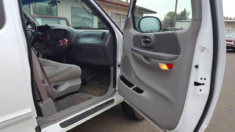 2000 Ford F-150 4dr XLT 4WD Extended Cab SB - Roseburg OR
