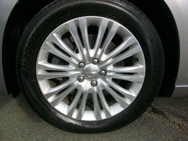 2014 Chrysler 300 AWD 4dr Sedan - Wakefield Ma MA