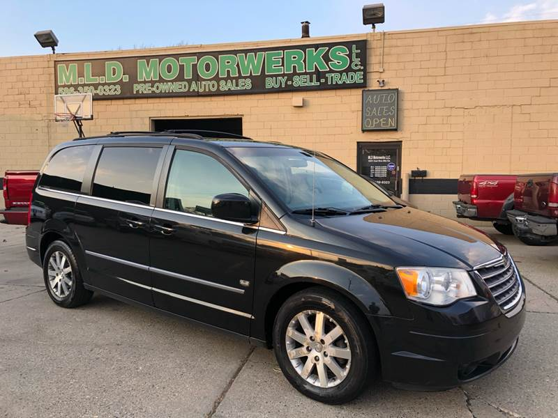 2009 chrysler town and country oil type