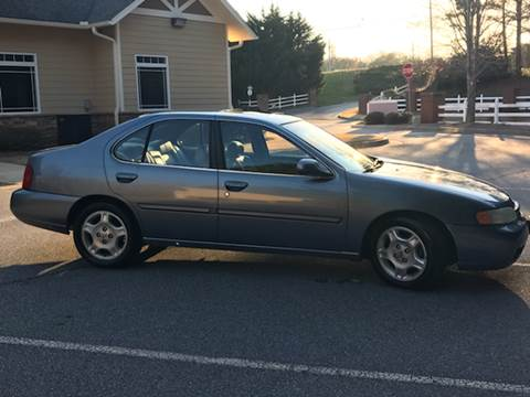 2000 Nissan Altima for sale at Paramount Autosport in Kennesaw GA