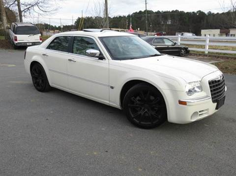 2005 Chrysler 300 for sale at Paramount Autosport in Kennesaw GA