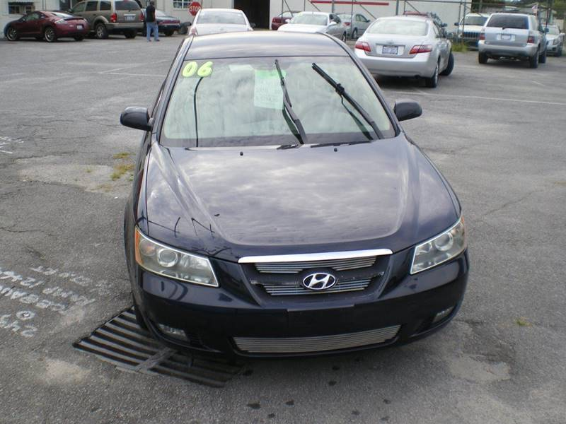 2006 Hyundai Sonata GLS V6 4dr Sedan - Greenville NC