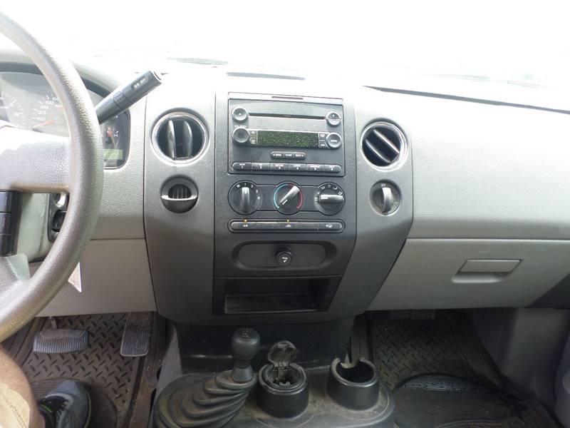 2005 Ford F-150 2dr Standard Cab XLT 4WD Styleside 8 ft. LB - Webster MA