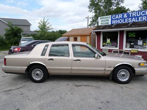 1997 Lincoln Town Car for sale in Webster, MA