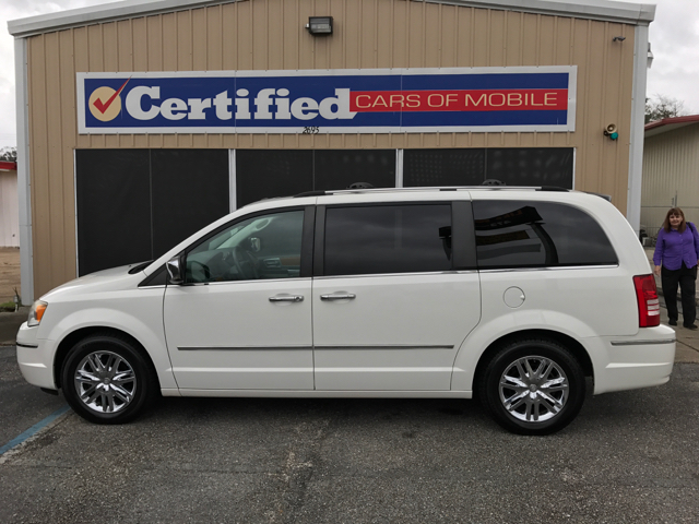 2008 Chrysler Town and Country Limited 4dr Mini Van - Mobile AL