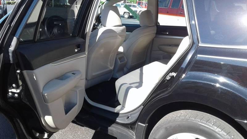2011 Subaru Outback AWD 2.5i Premium 4dr Wagon CVT - Centerton AR