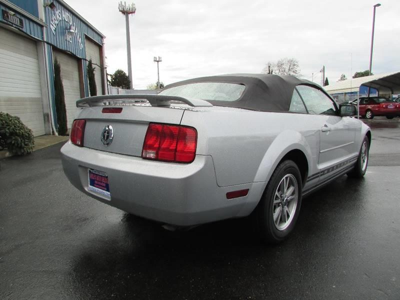2005 Ford Mustang V6 Premium 2dr Convertible - Burien WA