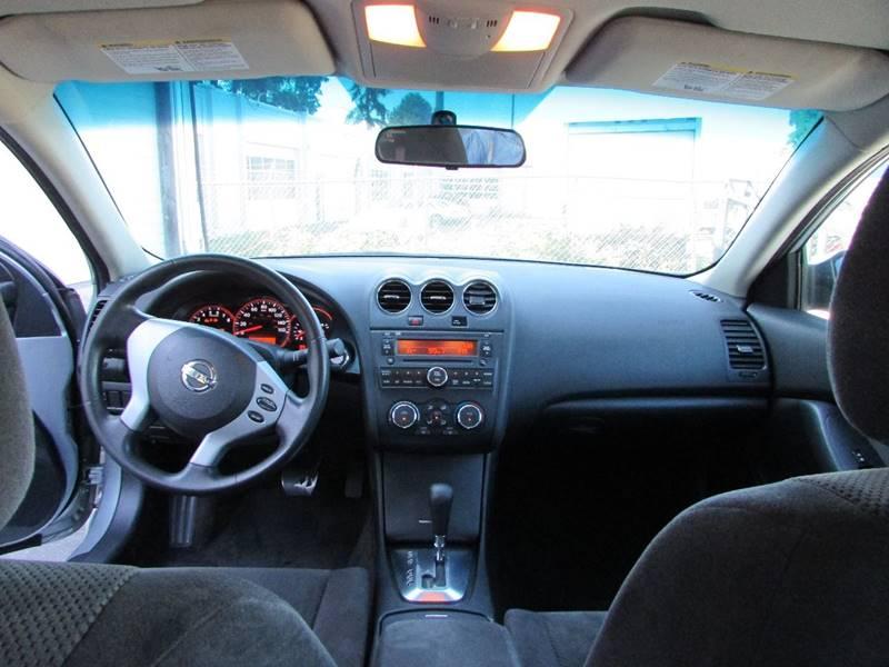 2009 Nissan Altima 2.5 S 4dr Sedan CVT - Burien WA