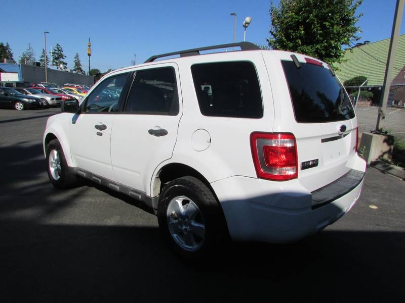 2009 Ford Escape AWD XLT 4dr SUV V6 - Burien WA