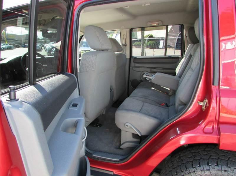 2006 Jeep Commander 4dr SUV 4WD - Burien WA