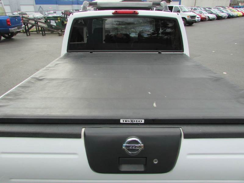 2001 Nissan Frontier 4dr XE 4WD Crew Cab SB - Burien WA