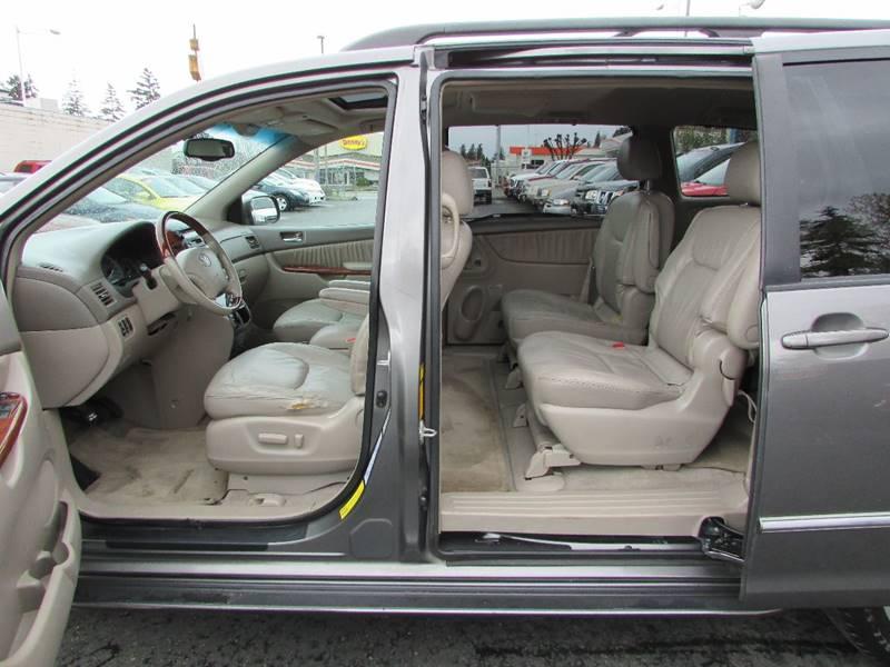 2004 Toyota Sienna XLE Limited 7-Passenger 4dr Mini-Van - Burien WA