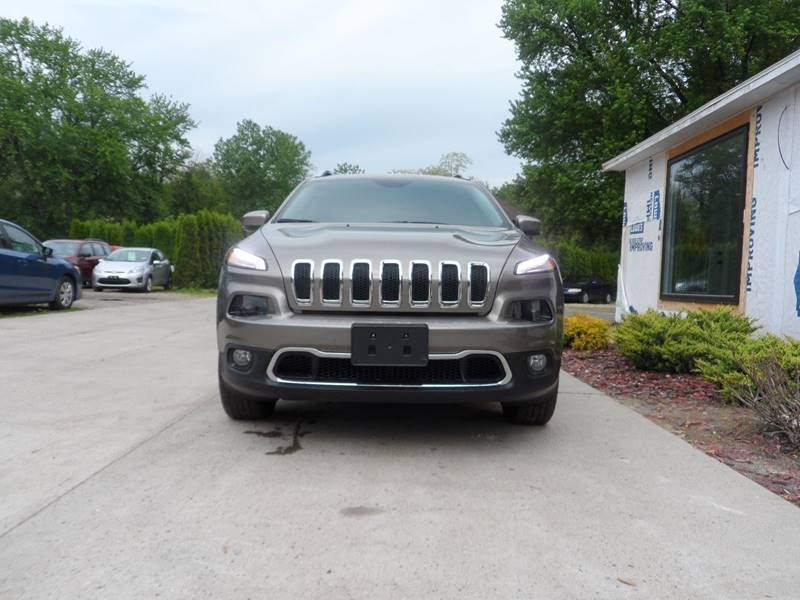 2017 Jeep Cherokee 4x4 Limited 4dr SUV - Chicopee MA