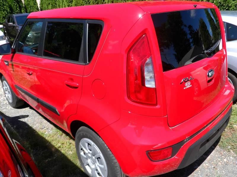 2013 Kia Soul 4dr Wagon 6A - Chicopee MA