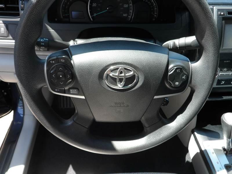 2014 Toyota Camry LE 4dr Sedan - Chicopee MA