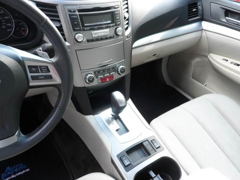 2013 Subaru Legacy AWD 2.5i Premium 4dr Sedan - Chicopee MA