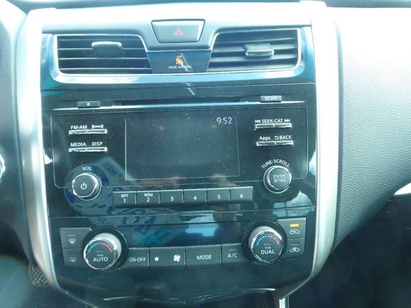 2015 Nissan Altima 2.5 SV 4dr Sedan - Chicopee MA