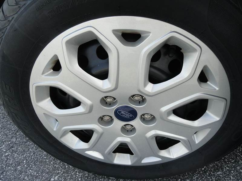 2012 Ford Focus SE 4dr Hatchback - Granite Falls NC