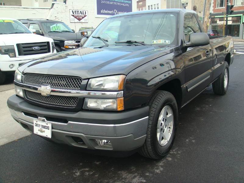 2005 Chevrolet Silverado 1500 LS 2dr Standard Cab 4WD LB   Johnson City NY