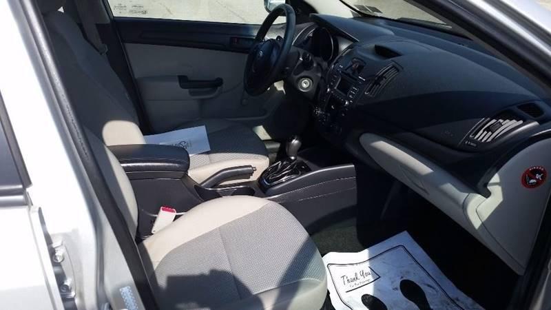 2012 Kia Forte LX 4dr Sedan 6A - Somerset PA